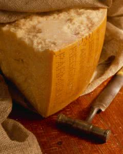 Parmigiano-Reggiano-pezzo