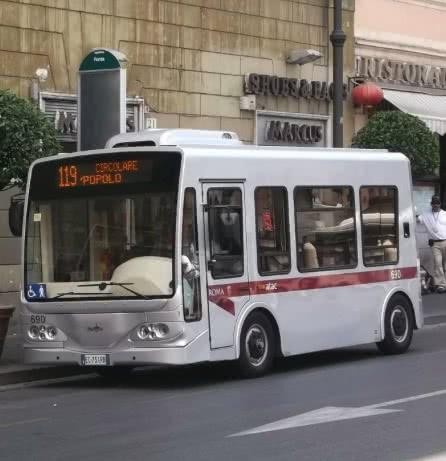 Petits bus électriques : c'est fini à Rome