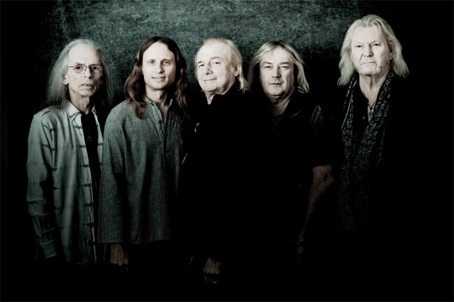 Yes Tour 2016
