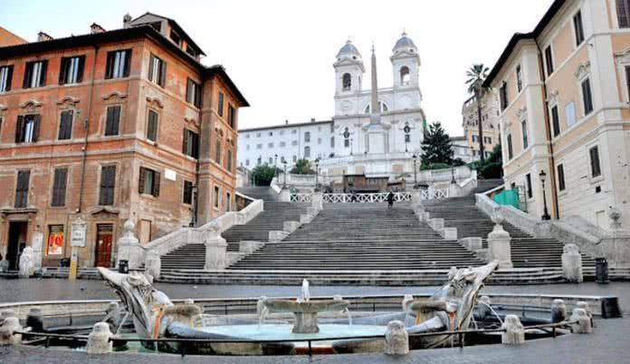 Piazza di Spagna - Escaliers de la Trinité des Monts