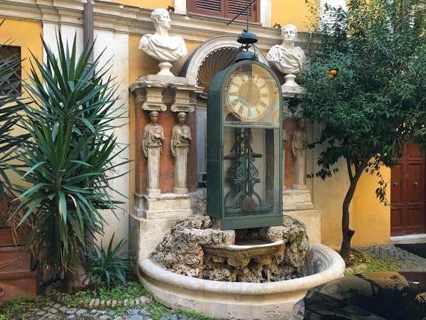Horloge à eau Palazzo Berardi