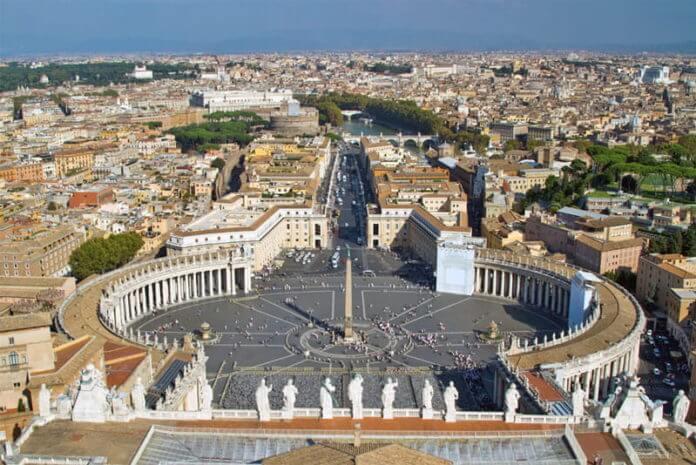 Piazza San Pietro - Place Saint-Pierre